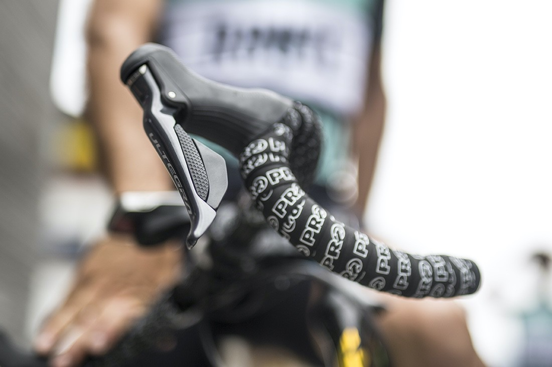 Las revoluciones del ciclismo: pulsadores en las manetas