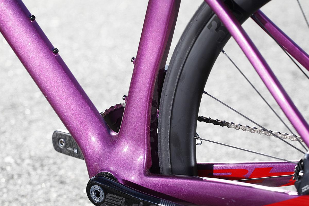 Detalle del pedalier de la BH RS1
