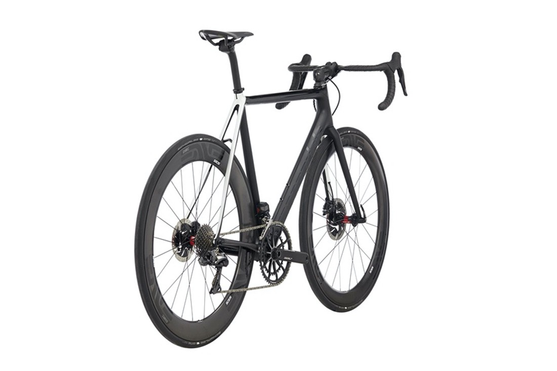 Cannondale SuperSix EVO Black INC montaje y precio