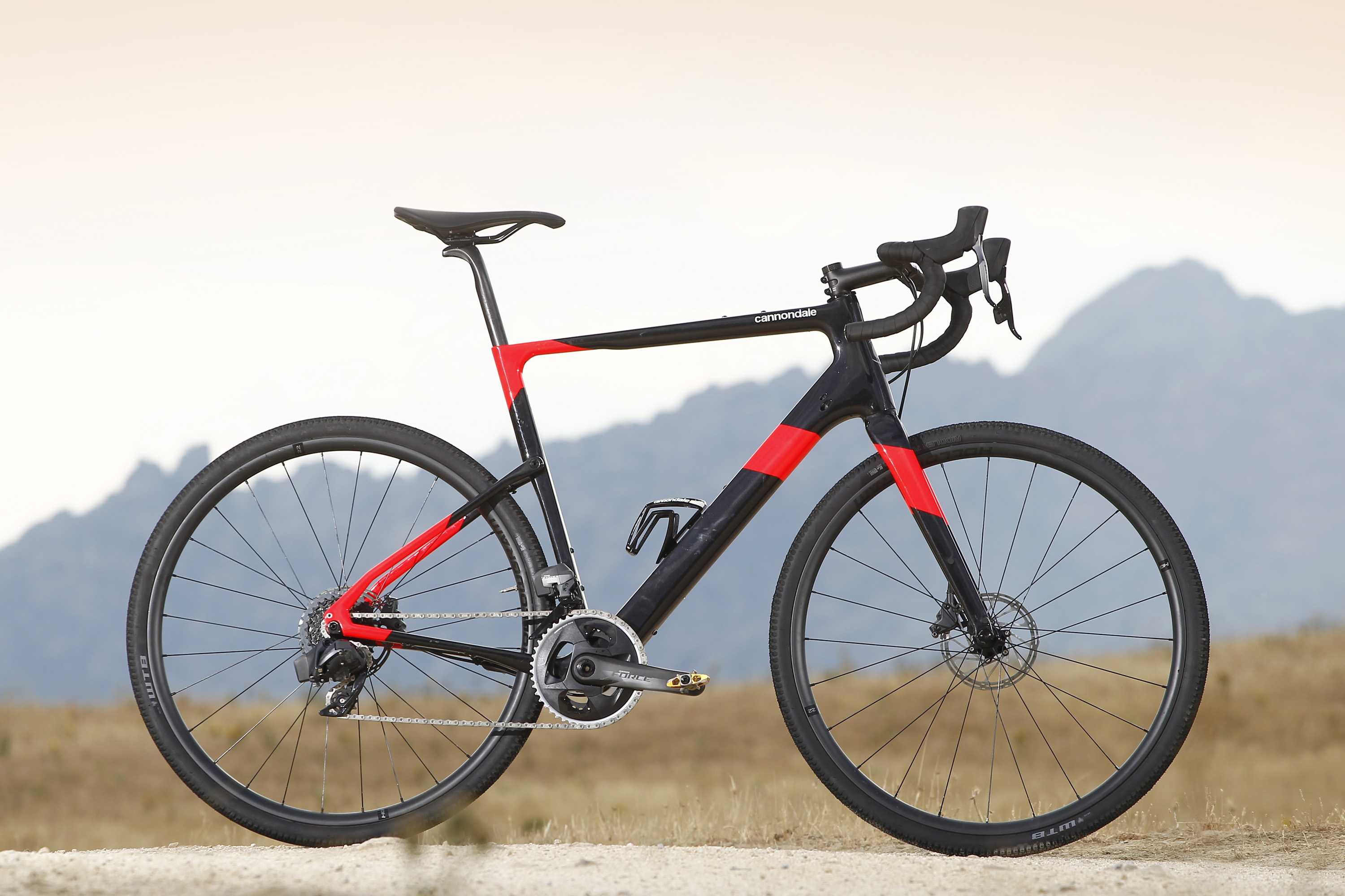 Test: Cannondale Topstone Carbon Force eTap AXS