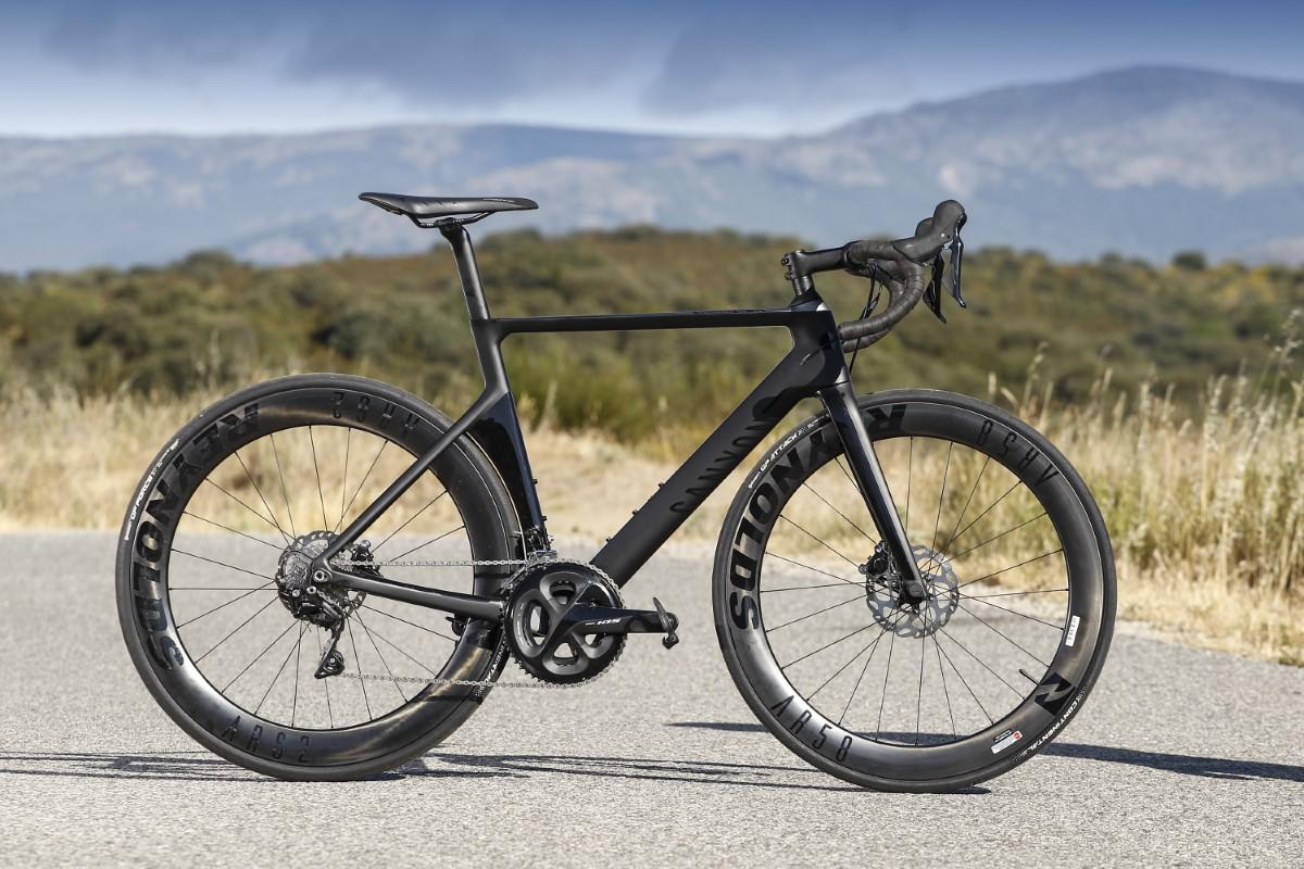 Canyon Aeroad CF SL Disc 7.0