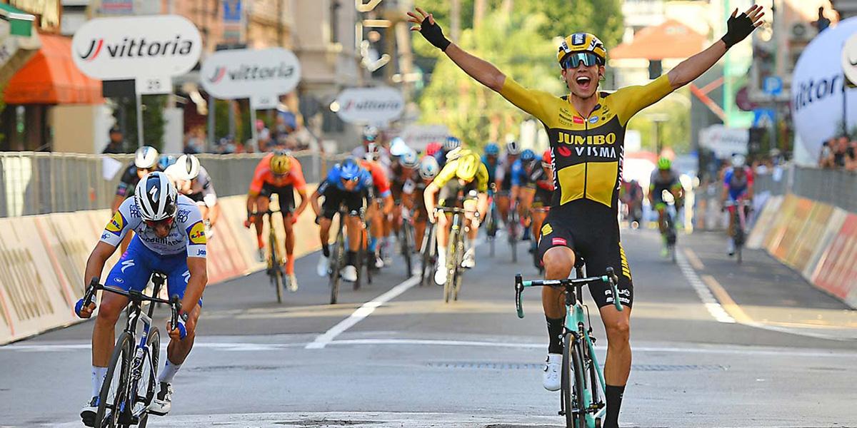 Wout van Aert ganador de la Milán-San Remo 2020