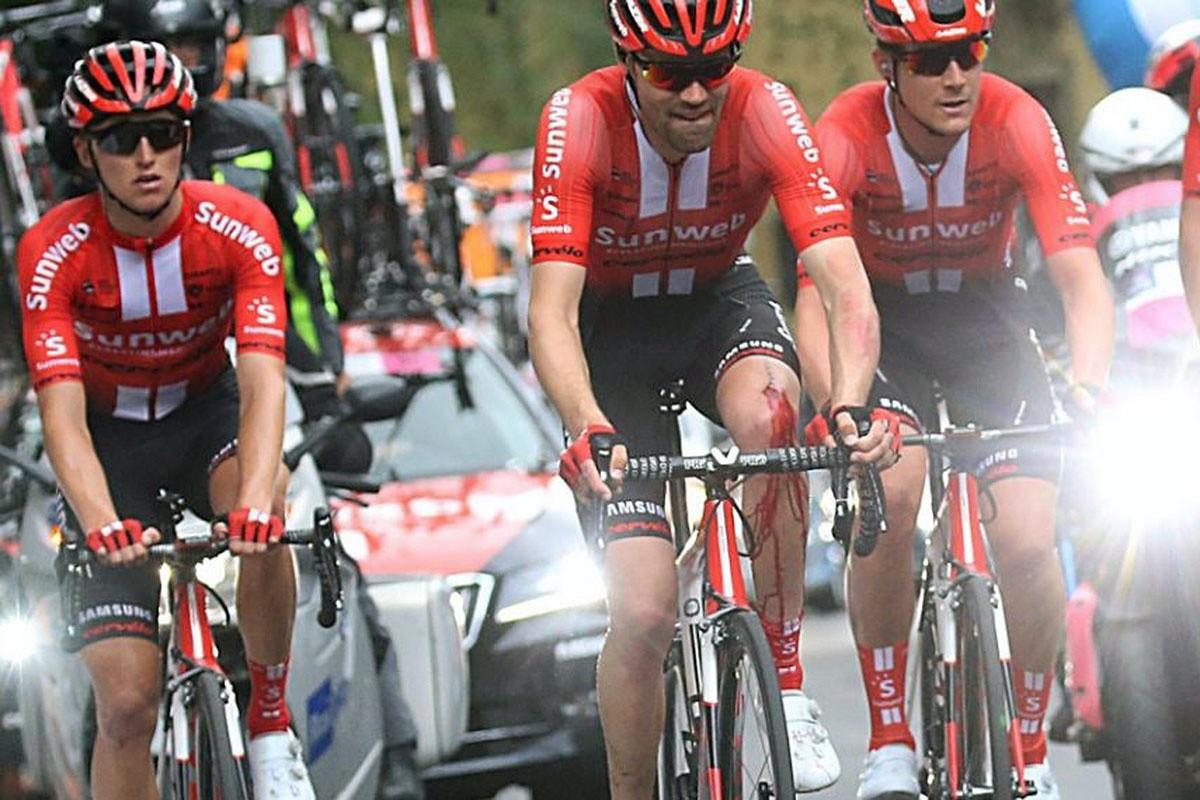 Caída de Tom Dumoulin en la 4ª etapa del Giro 2019