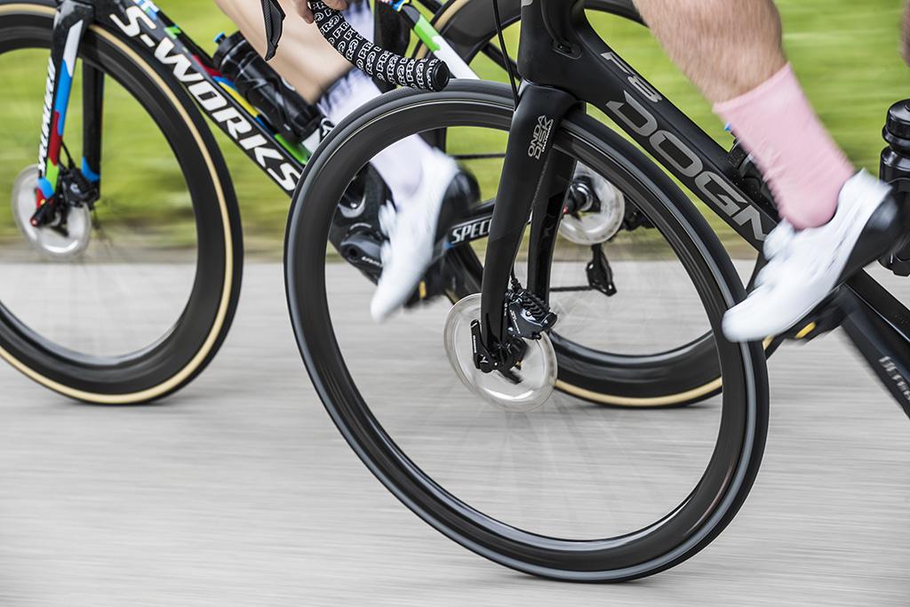 ¿Qué aportan las ruedas de perfil en carretera?