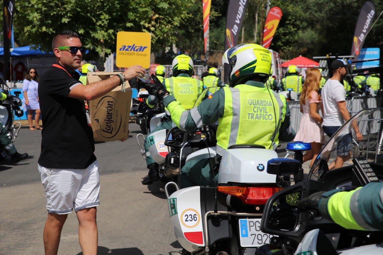 La Guardia Civil en La Vuelta a España: Movilidad y Seguridad