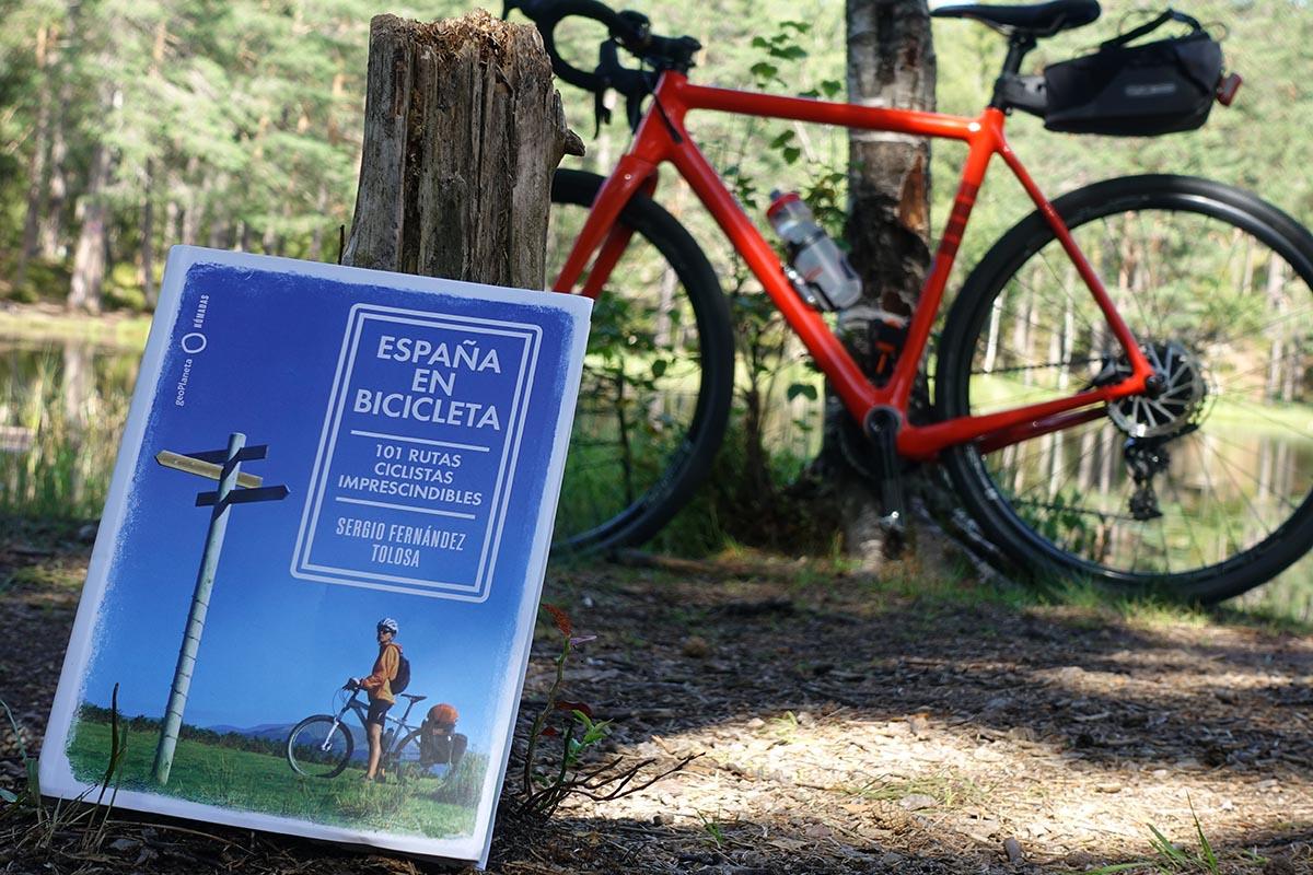 Libros de ciclismo: España en bicicleta. 101 rutas ciclistas imprescindibles