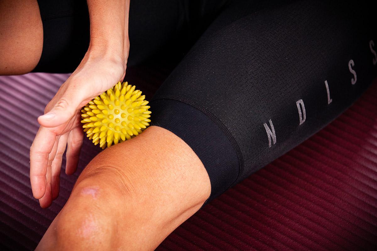 Problemas de rodilla… ¿Qué puedo hacer? (IV): Descarga, trabaja el Core y mejora tu técnica de pedaleo