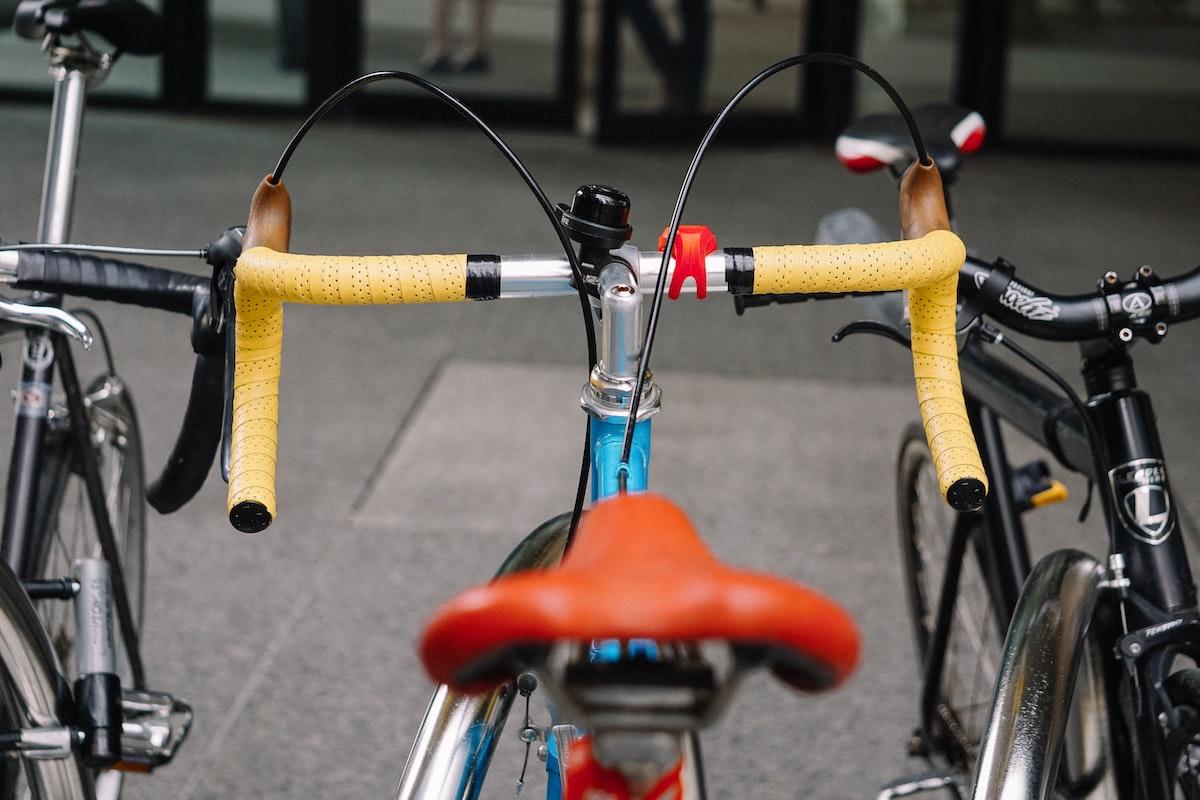 Cuatro mitos sobre los ciclistas que van al trabajo en bici