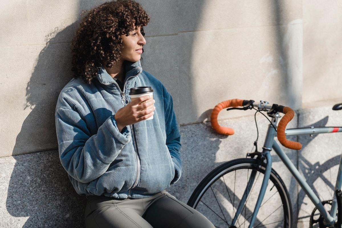 Bicicletas urbanas vs patinetes: ventajas e inconvenientes