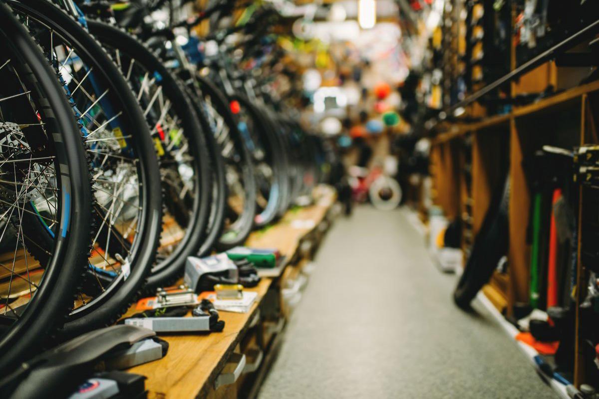 Por qué se debería considerar a los talleres de bicis como servicio esencial
