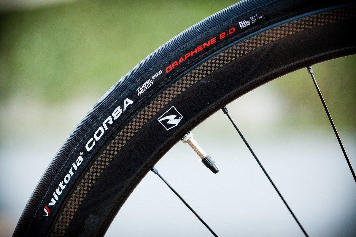 Válvula Presta en rueda de ciclismo de carretera