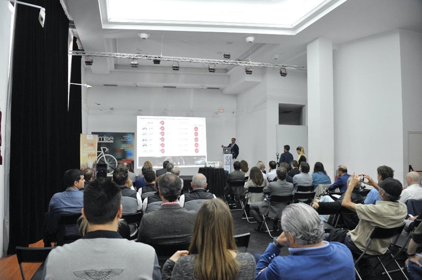 "4º Informe anual AMBE ""El sector de la bicicleta en cifras 2017"""