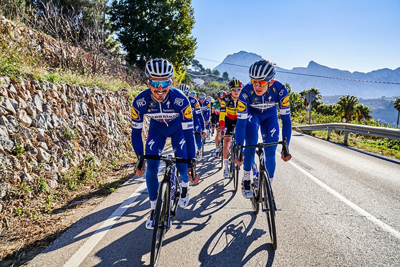 Bryton equipará al equipo Deceuninck - Quick-Step