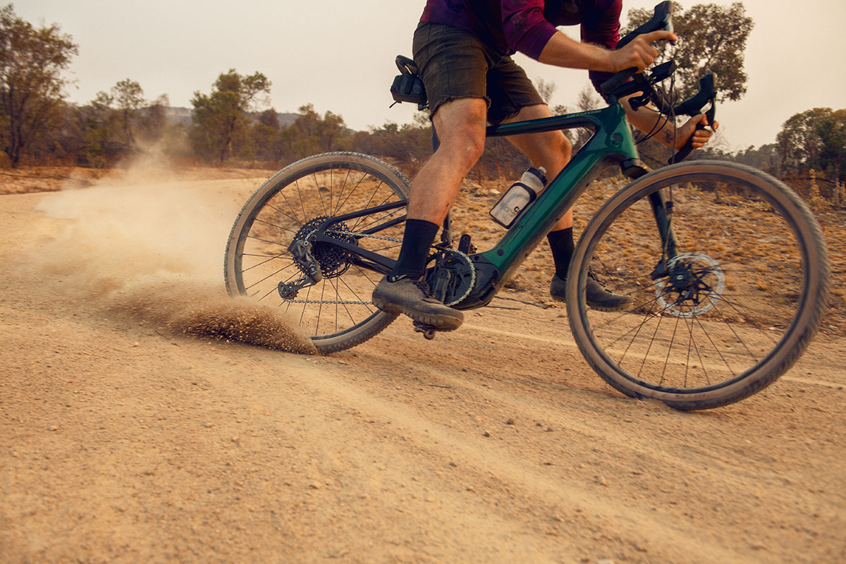 Cannondale Topstone Neo Carbon Lefty, una e-bike de gravel con doble suspensión