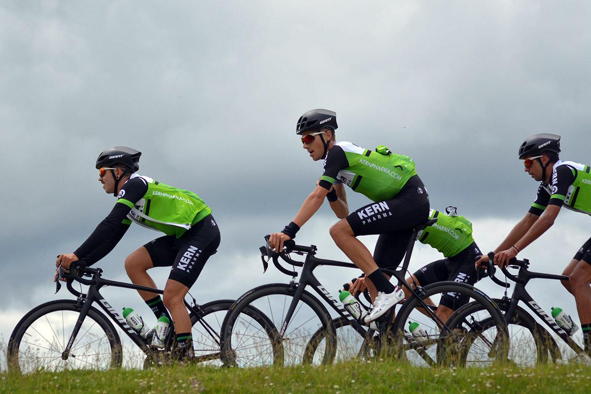 Giant renueva con el Kern Pharma, que además sube de categoría a UCI Pro Team