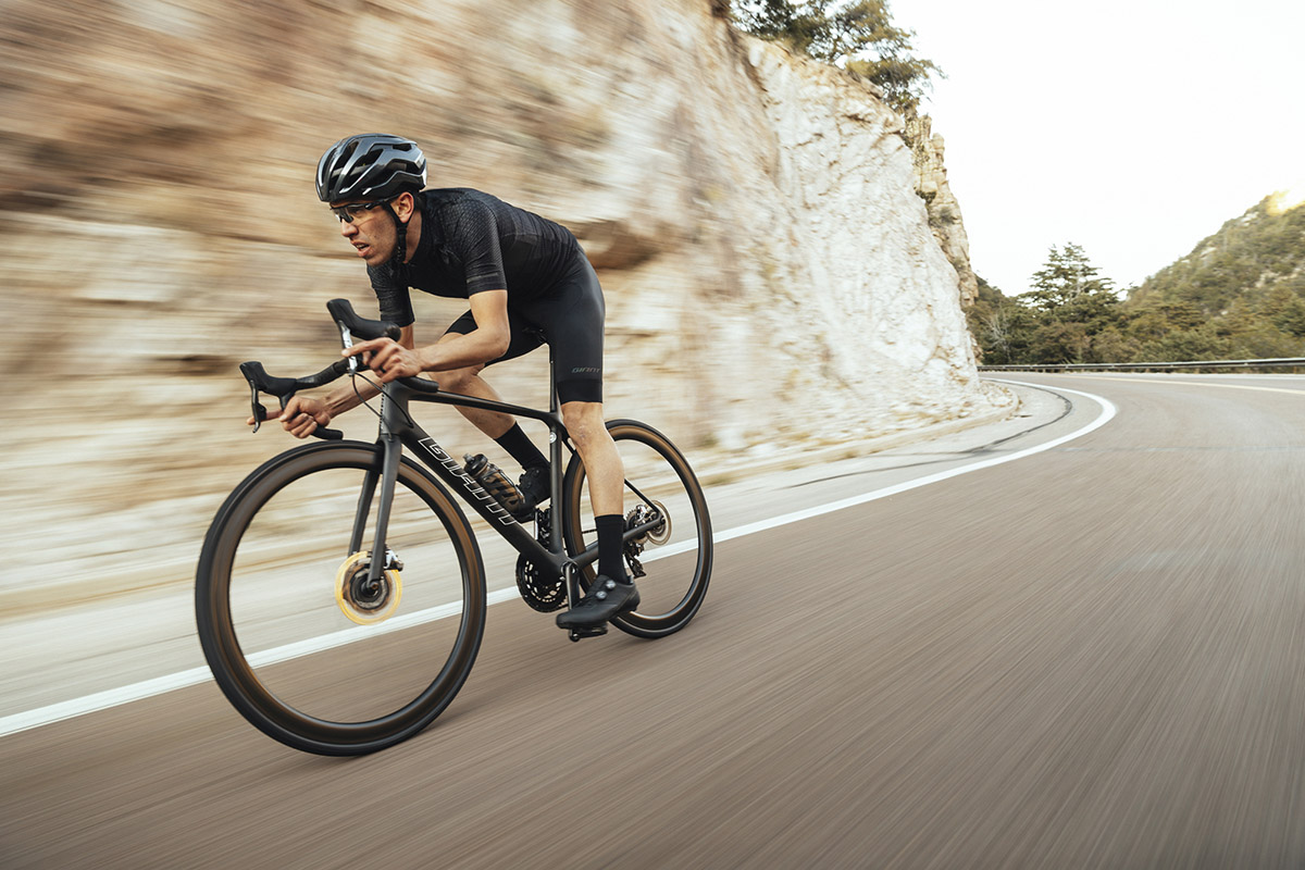 Giant TCR Advanced 2021 en acción