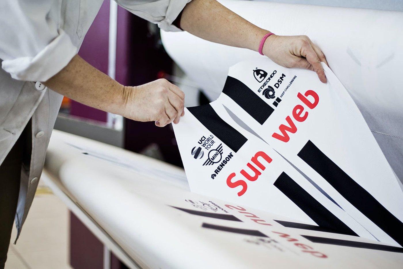 El Team Sunweb vestirá ropa Etxeondo