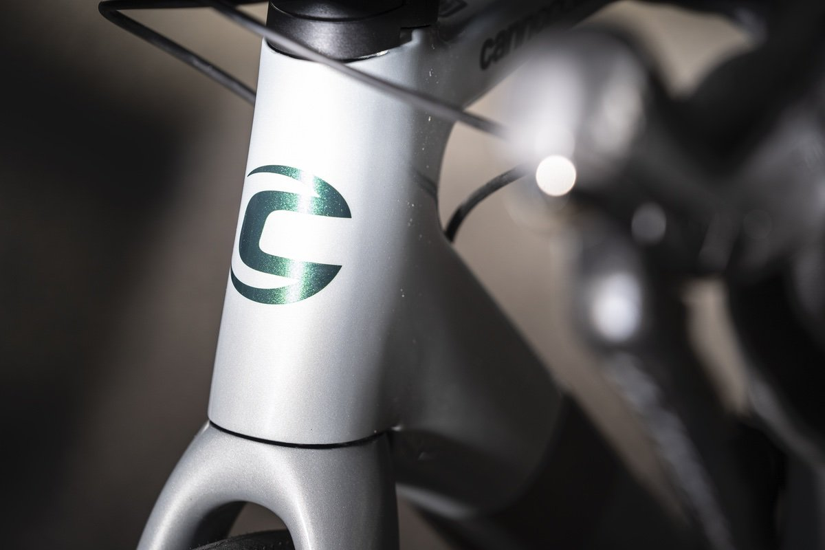 La Semana: El nacimiento de un gigante, buenos cascos a buen precio y Stumpjumper EVO ¡de aluminio!