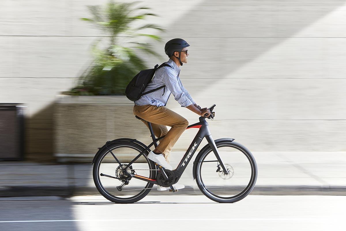 Las policías locales reciben información para identificar correctamente las bicicletas eléctricas