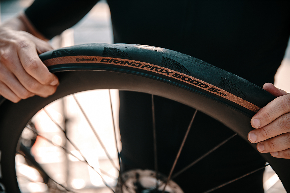 Nueva cubierta Grand Prix 5000 S TR: todoterreno, hookless, tubeless y ganadora de la Paris-Roubaix 2021