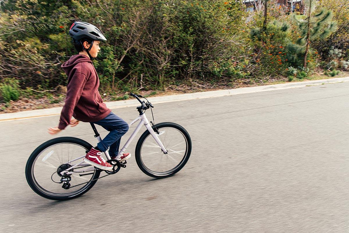 """Nueva Specialized Jett para niños y con ruedas de 20"""" o 24"""""""