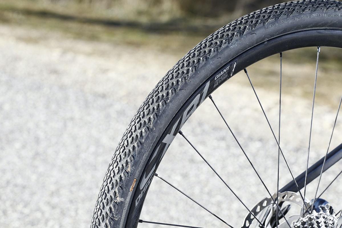 Ruedas Giant CXR-1 y neumáticos Giant Crosscut