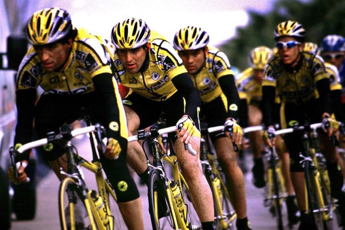 El equipo ciclista de la ONCE en acción