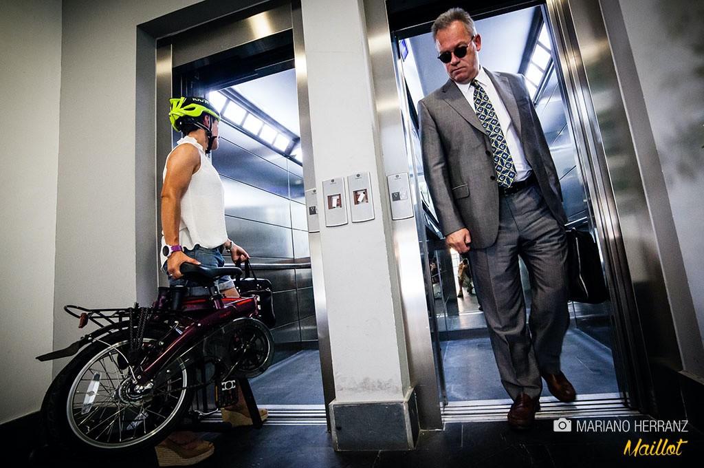 Un factor a tener en cuenta para escoger tu tipo de bici plegable es conocer con anterioridad si se van a realizar muchos trayectos con la bici plegada, por ejemplo