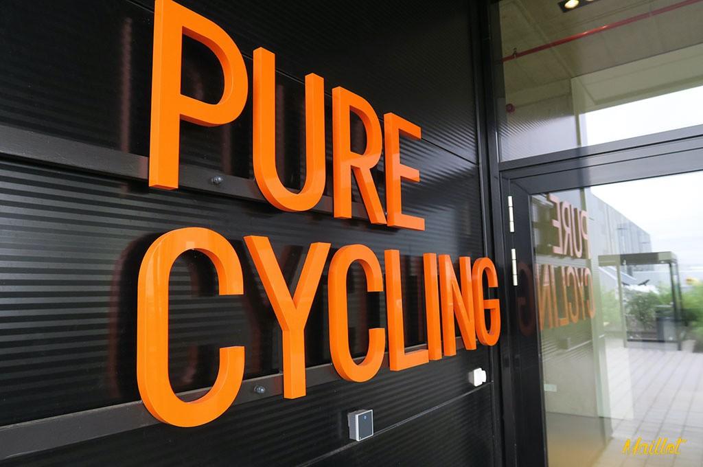Pure Cycling: lema y marca de Canyon