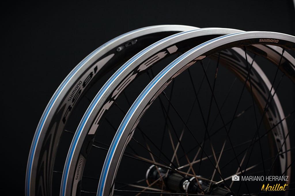 Llantas y neumáticos más anchos ofrecen ruedas más cómodas, con menor resistencia a la rodadura