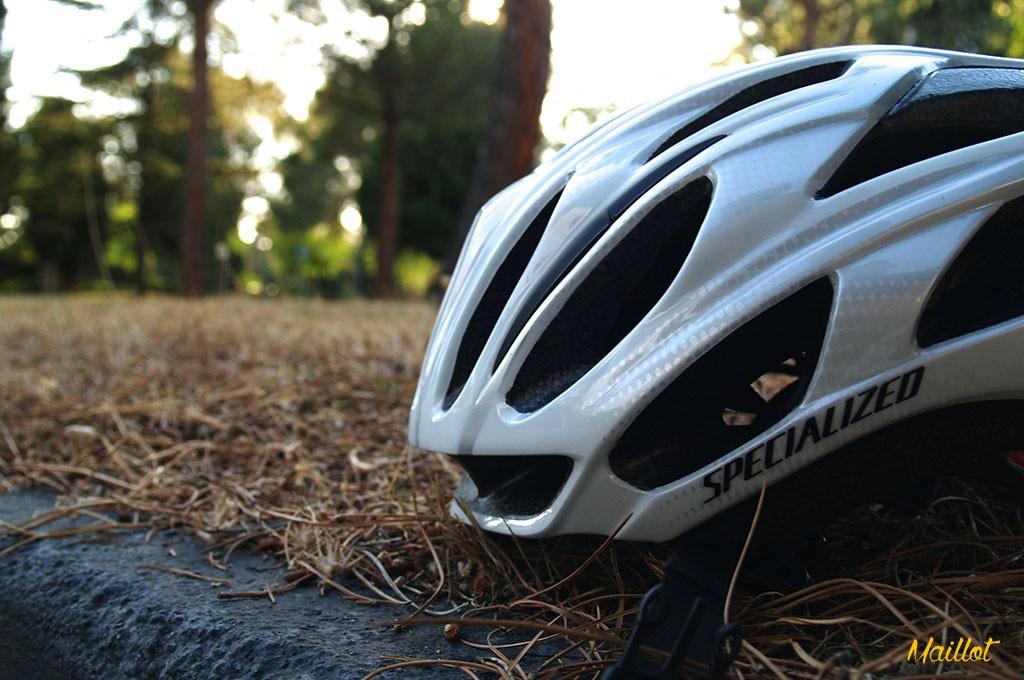"""Un casco para todo, con buenos acabados, cómodo, muy seguro y de apariencia """"pro"""", así es el Specialized Propero"""