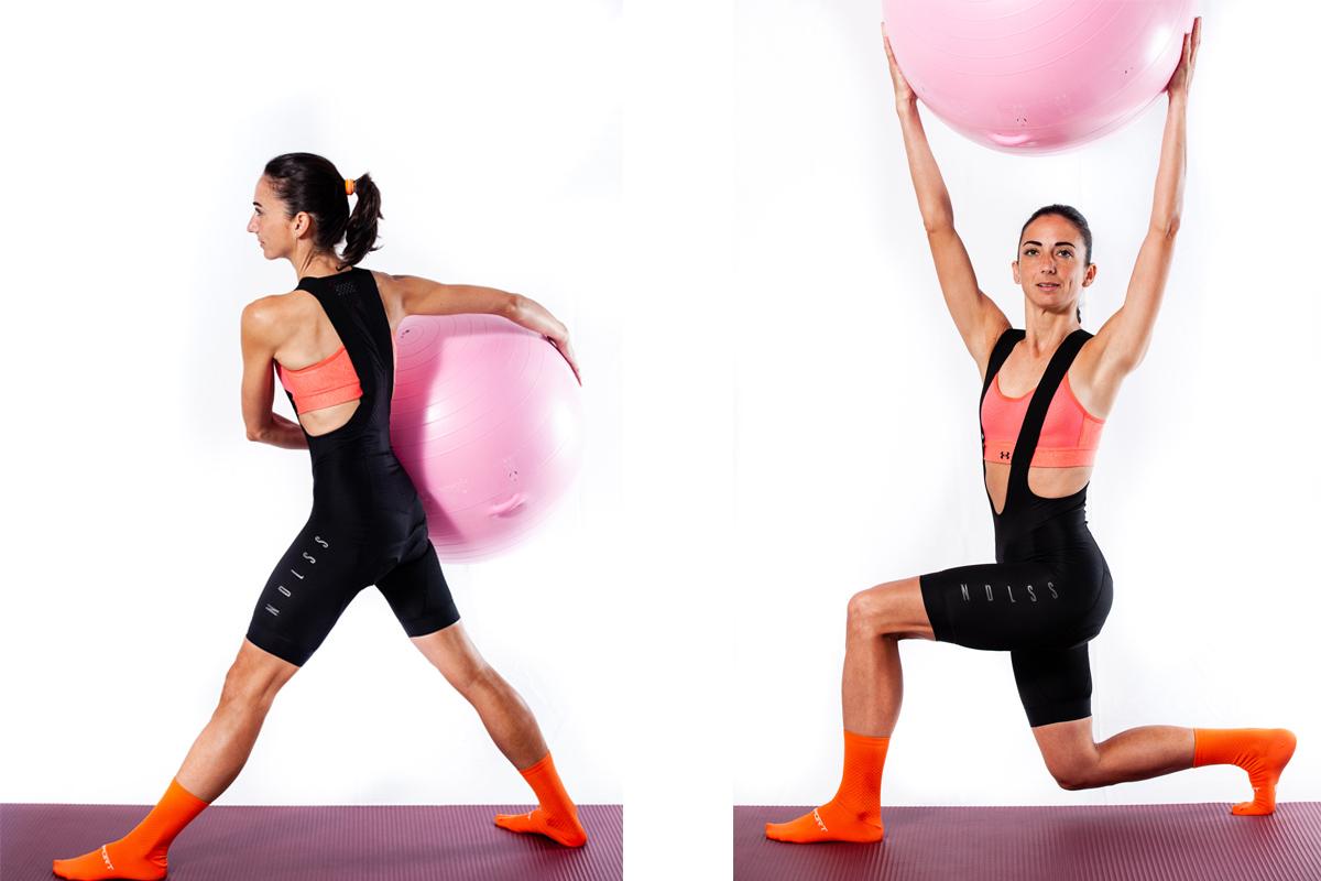 Sentadilla búlgara con fitball para un mayor control de la pelvis