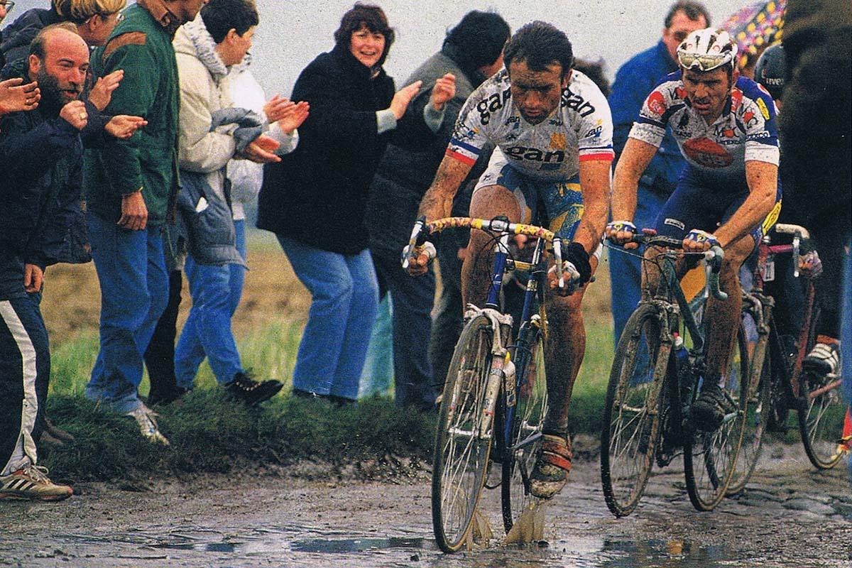 Gilbert Duclos Lassalle en la Paris Roubaix de 1994 con la horquilla Rock Shox