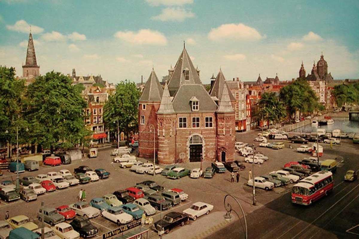 Muchos coches en Holanda