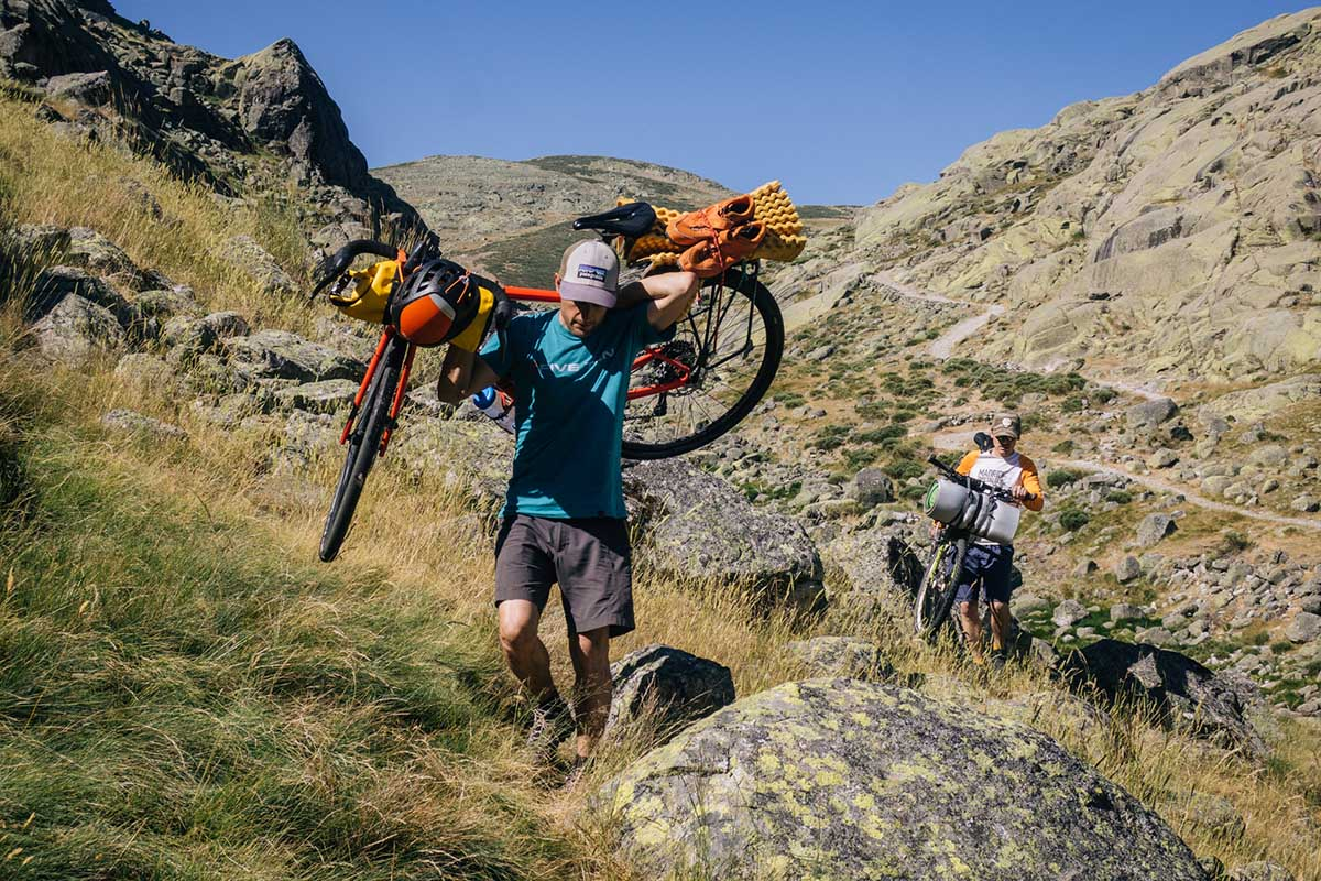 """Operación Stupid: """"9 días de cicloescalada por la sierra de Gredos"""""""