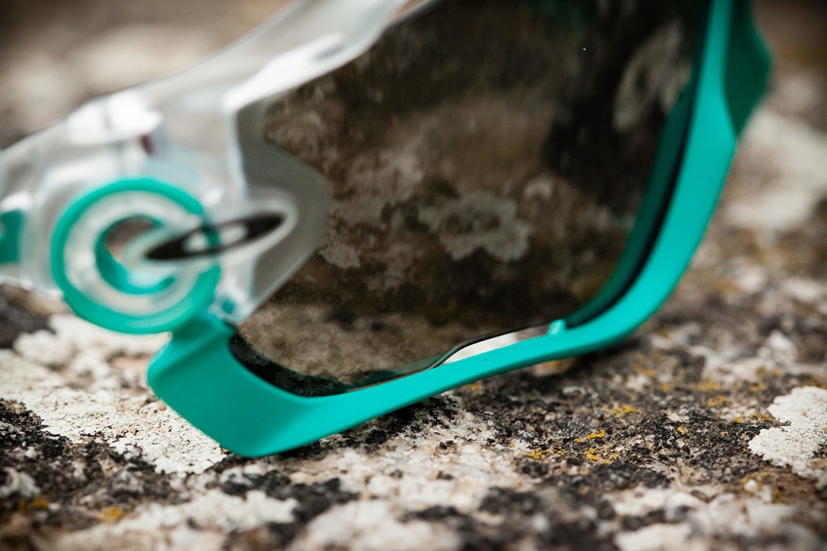 Oakley Jawbreaker Crystal POP W/Black Iridium