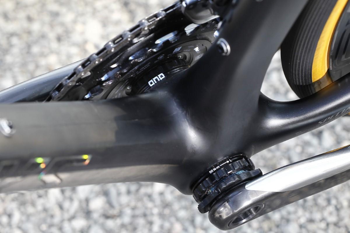 Pedalier de rosca en la Specialized S-Works Roubaix