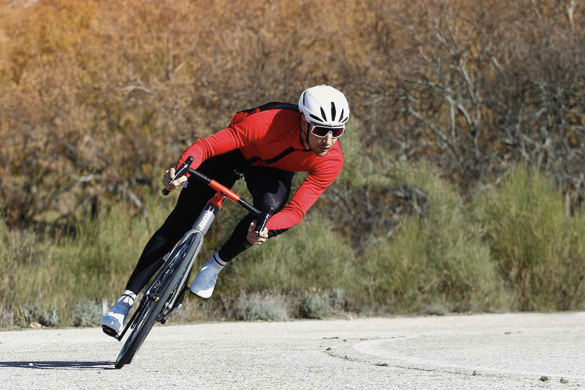 Foto de acción en una zona de descenso a alta velocidad