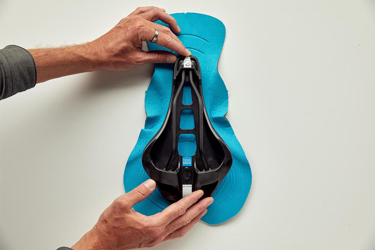 imagen de un sillín adaptado a la badana correspondiente