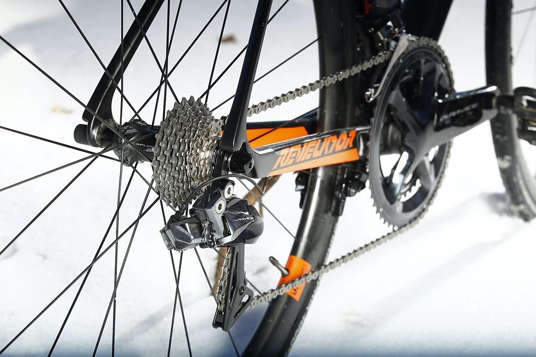 Shimano Dura-Ace Di2 en la KTM Revelator Alto Prestige