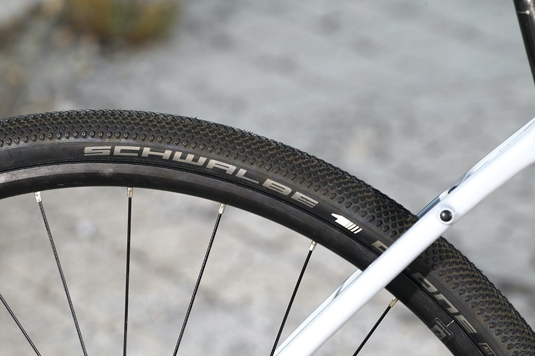 Cambiando los neumáticos a la Trek Checkpoint SL5