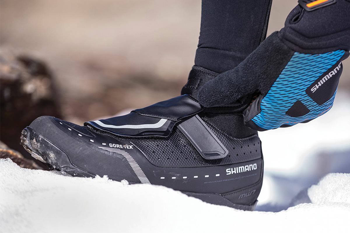 Calzado específico de invierno para combatir el frío en la bici